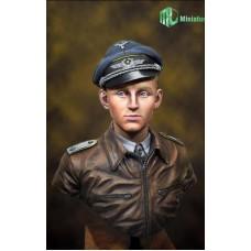Lufftwaffe Ace Pilot in WW2, 'Erich Hartmann' bustes