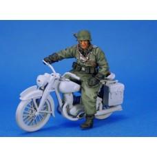 Motorcycle Feldgendarmerie #2 1/35