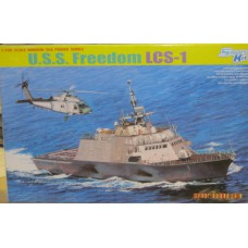 USS Freedom LCS-1 1/700