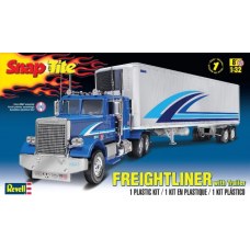 Freightliner with trailer 1/32