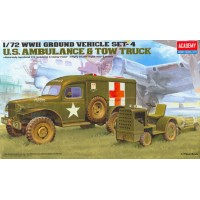 US ambulance and towing tractor 1/72