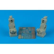 M.B. Mk H7 ejection seats (for F-4 USN) 1/32